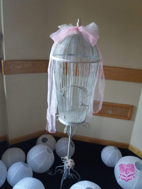 wedding-venue-bird-cage